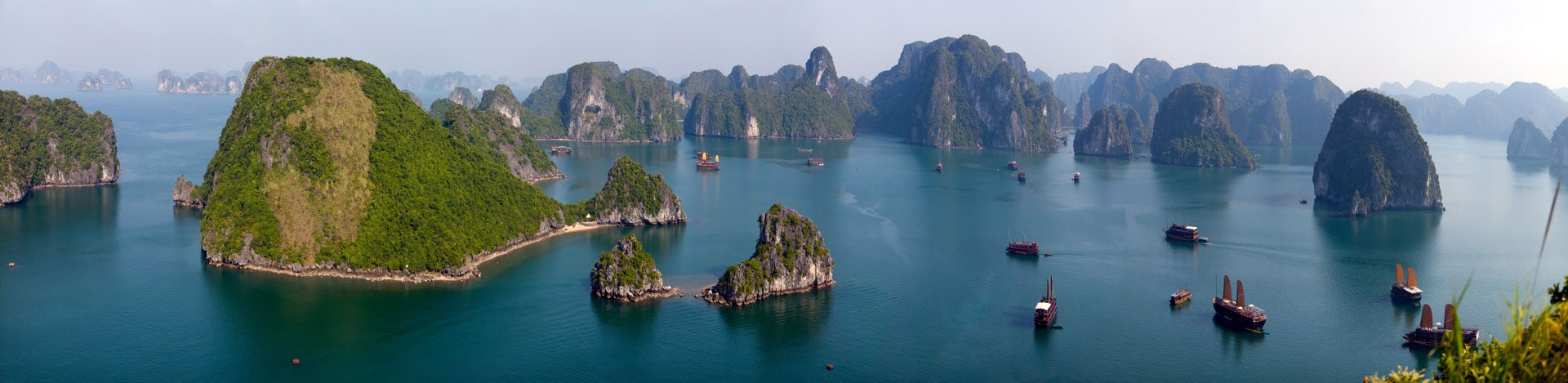 Halong bay, a world wonder